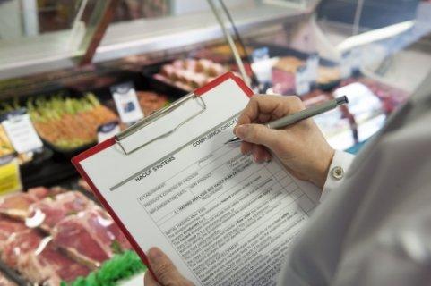 МОЗ дозволило роботу продуктових ринків в період карантину